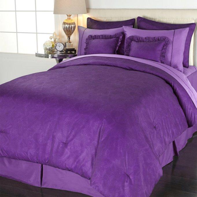 Comfort and Joy Bedding