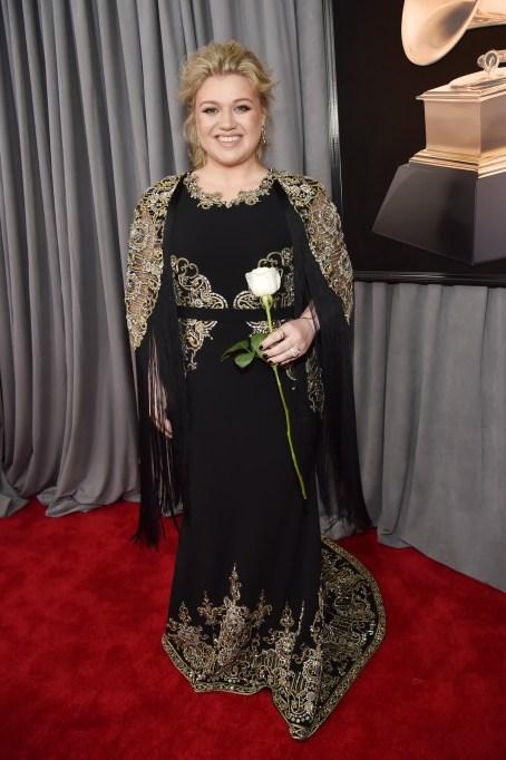 Grammys 2018 Best Dressed: Kelly Clarkson