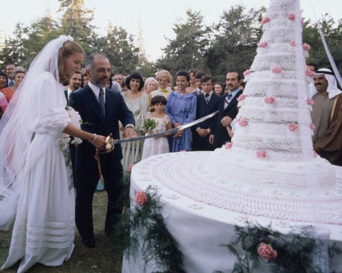 Queen Noor & Jordan's King Hussein wedding cake