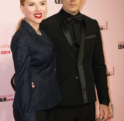 Celeb bump day: Scarlett Johansson, Kristin