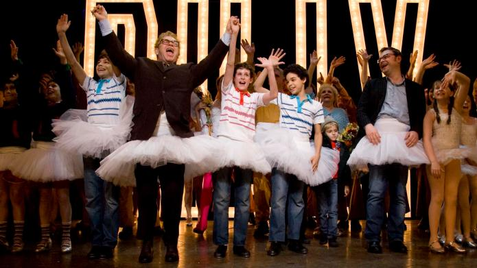 Billy Elliot: The Musical dances for
