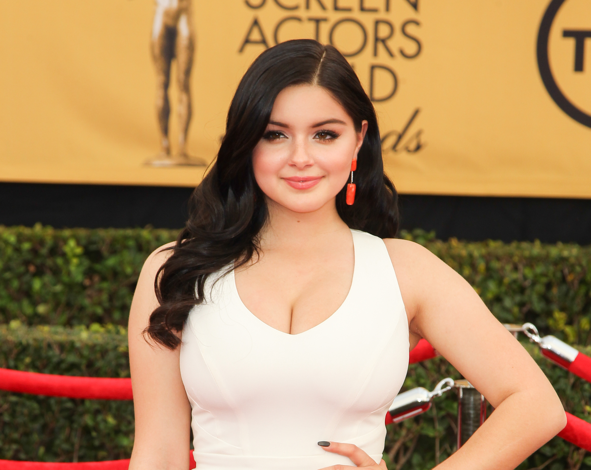 images Ariel winter boobs