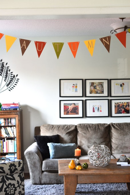 Easy Fall Decor DIYs: This welcoming banner adds autumn flair to your home