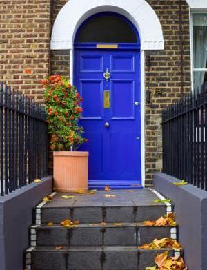 How to create an accent door