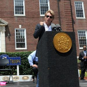 Bon Jovi donates $1 million to