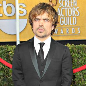 Peter Dinklage flips at suggestion he