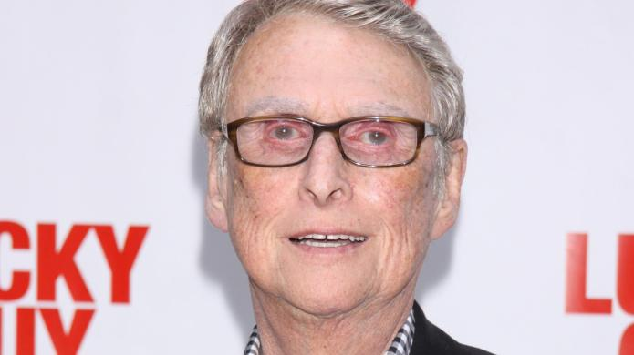 Oscar-winning director Mike Nichols dead at