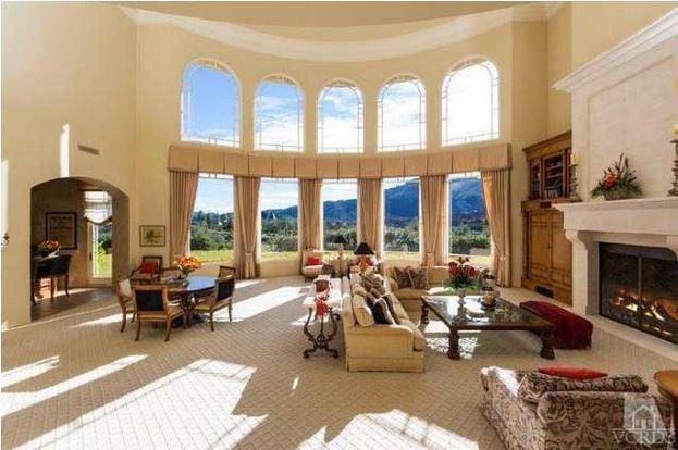 Britney Spears mansion living room