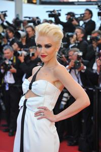 Gwen Stefani says so long to