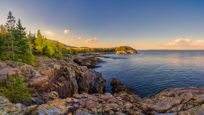 Acadia National Park's beautiful Schooner Head,