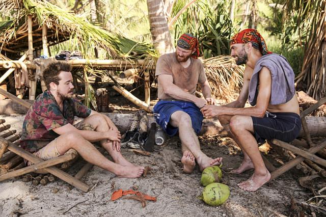 Zeke Smith, Chris Hammons and David Wright on Survivor: Millennials Vs. Gen-X