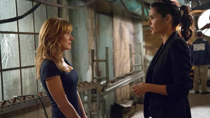 """RIZZOLI & ISLES"" ""Scared To Death"