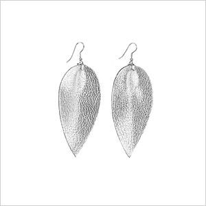 Zia earrings | Sheknows.ca