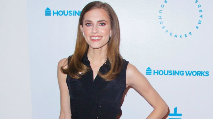 7 Details about Allison Williams' star-studded