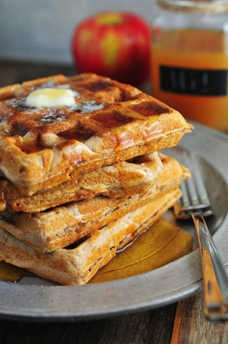 Easy Winter Breakfast Ideas | Apple Cider Waffles