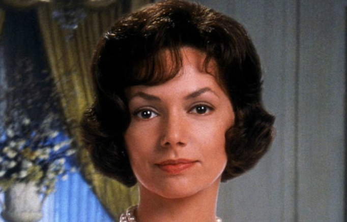 Joanne Whalley as Jackie Kennedy