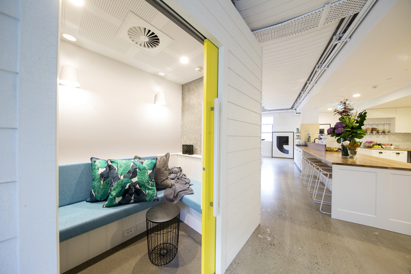 AIRBNB-Office-Nook