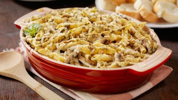 Tonight's Dinner: Pesto chicken penne