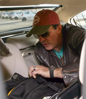 Antonio Banderas' wallet stolen
