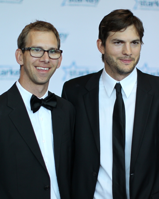 Michael Kutcher and Ashton Kutcher 2013
