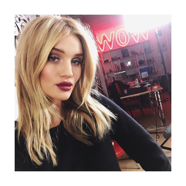 Model-Approved Hairstyle Ideas to Copy This Summer: Rosie Huntington-Whiteley's center-parted blowout   Summer Hair