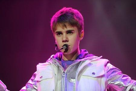 Justin Bieber tops Michael Jackson in