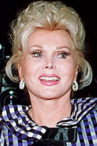 Zsa Zsa Gabor goes home