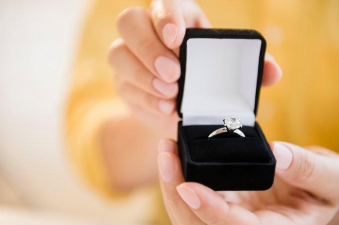Man's proposal at someone else's wedding