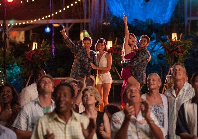 Anna Kendrick, Zac Efron, Aubrey Plaza, and Adam Devine in 'Mike and Dave Need Wedding Dates'