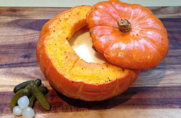 Hot pumpkin fondue