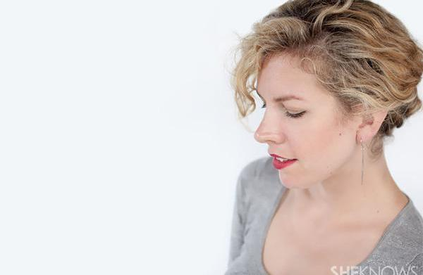 How to create a curly twist