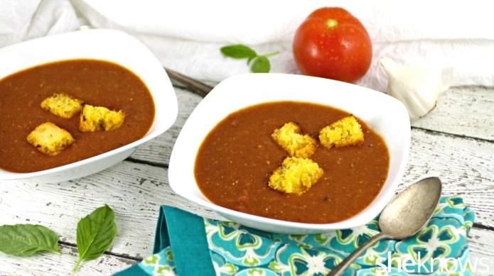 Slow Cooker Sunday: Garlicky roasted tomato