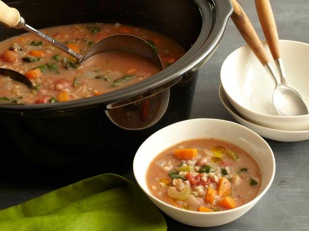 slow-cooker bean and barley