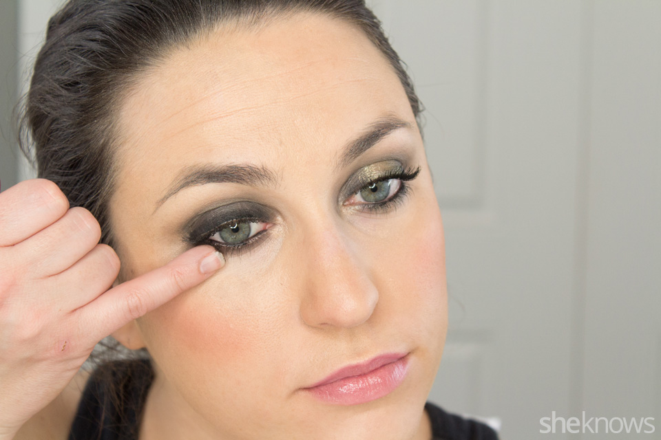 Fast and Festive Holiday Look: Step 6