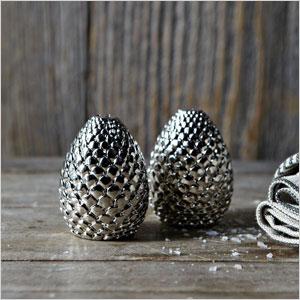 Metal pinecone salt & pepper shakers