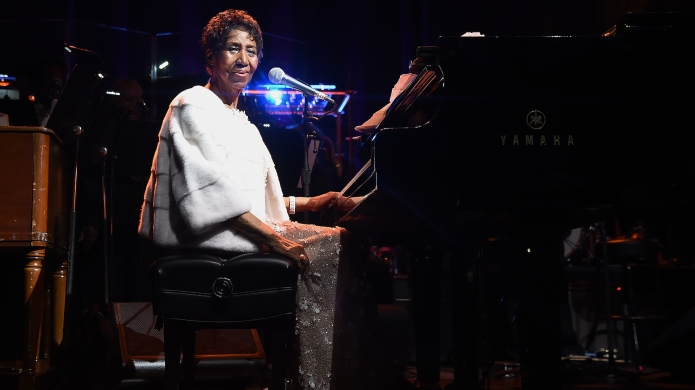 Aretha Franklin performs on stage at