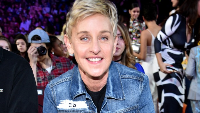 Ellen DeGeneres attends the 2017 Nickelodeon Kids' Choice Awards