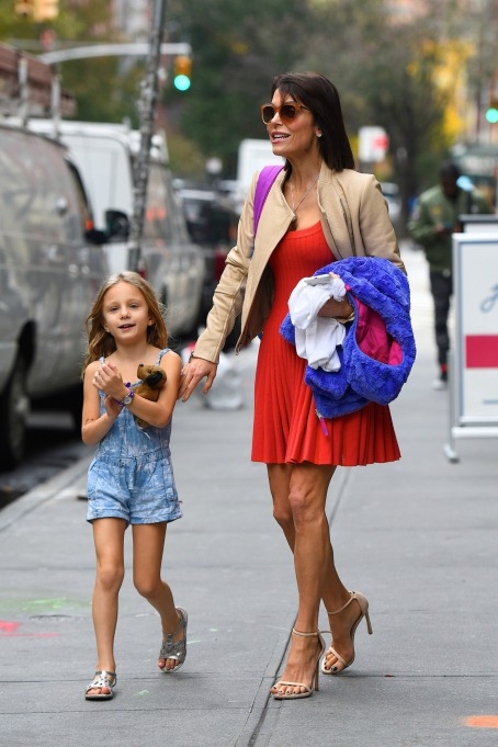 Photo of Bethenny Frankel and daughter