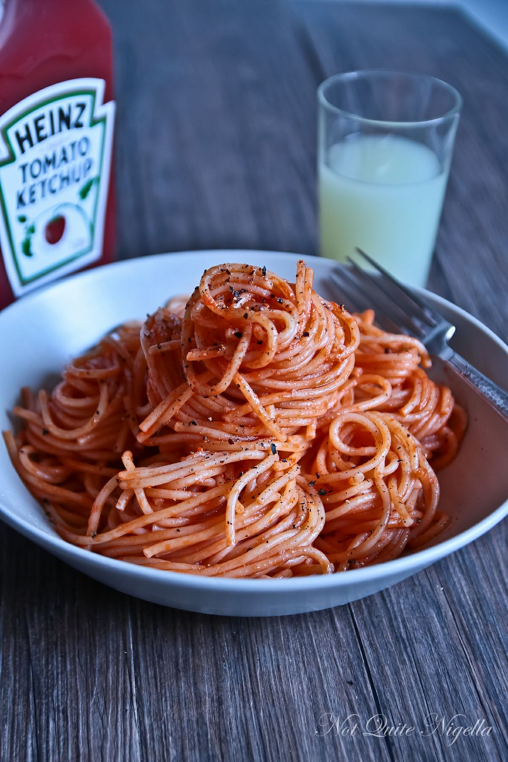 sketti with ketchup