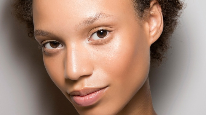 The Antibacterial Oils That'll Make Breakouts