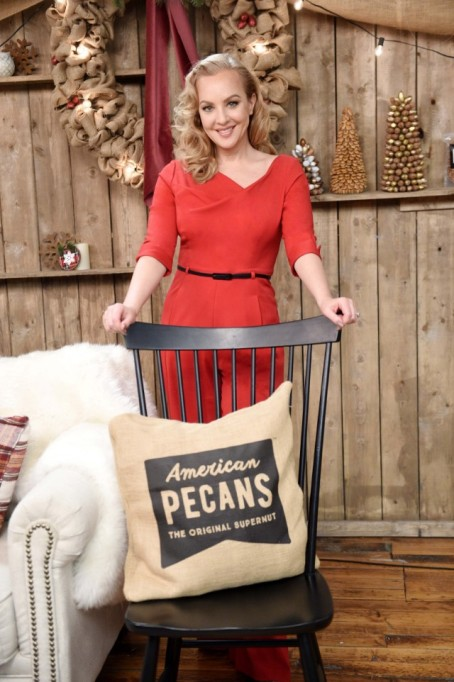 Wendi McLendon-Covey for American pecans
