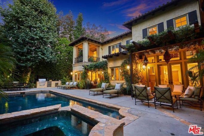 Britney Spears' pool
