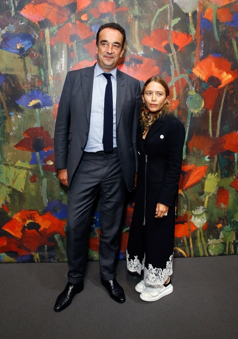 Photo of Mary-Kate Olsen and Olivier Sarkozy