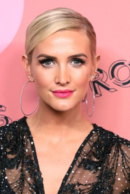 Ashlee Simpson: Nose Job