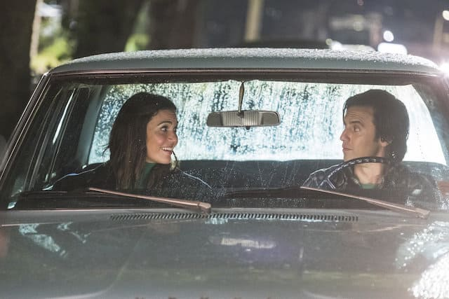 Rebecca (Mandy Moore) and Jack (Milo Ventimiglia) sit in the car together on their first date.