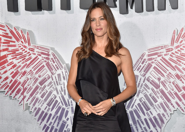 Jennifer Garner attends the premiere of STX Entertainment's 'Peppermint' at Regal Cinemas L.A. LIVE Stadium 14