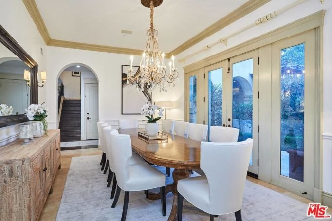 Britney Spears' dining room
