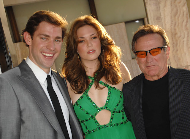 John Krasinski, Mandy Moore and Robin Williams during 'License To Wed' Los Angeles Premiere - Red Carpet at Cinerama Dome in Hollywood