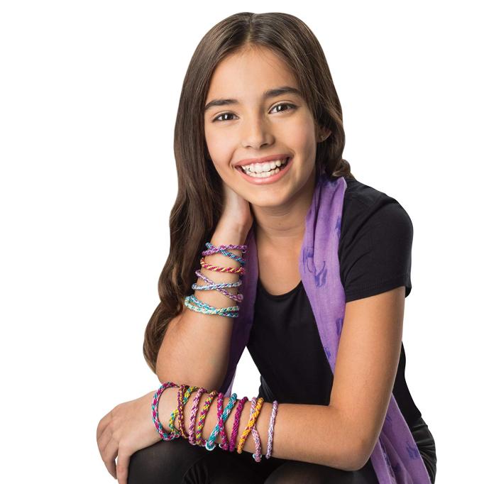 Cool Maker – KumiKreator Friendship Bracelet Maker