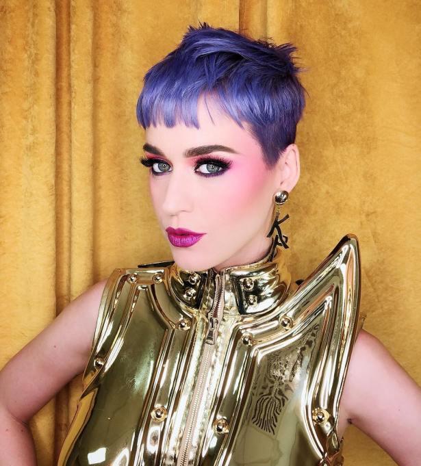 Katy Perry: Blueberry-Purple